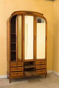 Armoire Art Deco : art deco armoire dressing table compendium and bed for sale at 1stdibs ~ Melissatoandfro.com Idées de Décoration