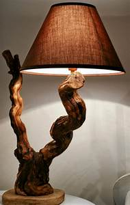 Stehlampe Aus Holz : stehlampe aus holz selber machen ~ Indierocktalk.com Haus und Dekorationen
