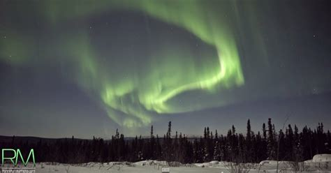 northern lights  real time ultra hd snow