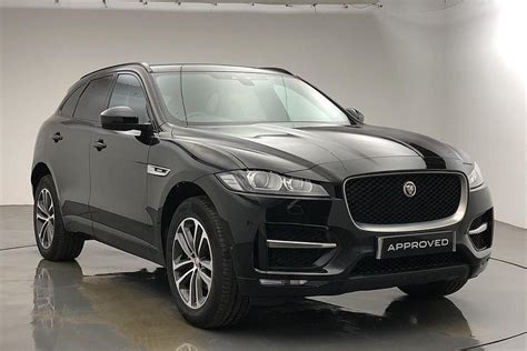 Some might really feel the steering is somewhat too light, however it's precise, making the automobile simple to position on the street. Used 2019 Black Jaguar F-Pace for sale   PistonHeads