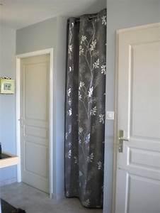 Rideau De Placard : le rideau pour le placard de l 39 entr e bienvenue chez nous ~ Teatrodelosmanantiales.com Idées de Décoration