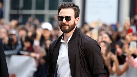 Chris Evans Accidentally Leaked A Nude And Of Course ...