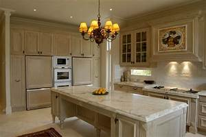 Queenscliff French Provincial Kitchen - Traditional