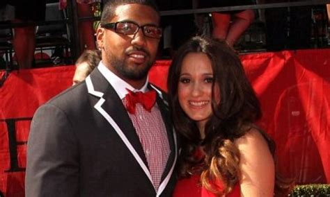 Nfl's Arian Foster Wife Files For Divorce After He Father