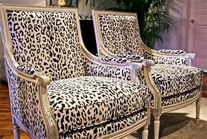 Seeing spots leopard prints leap back into home decor for Animal print furniture home decor