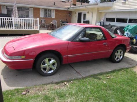 buick two seater sports car find used 1989 buick reatta base coupe 2 door 3 8 l 2