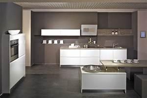 Hochglanz Weiß Küche : concept hochglanz design k che grifflosk che hochglanz ~ Michelbontemps.com Haus und Dekorationen