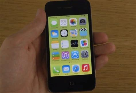 iphone ios 7 ios 7 on iphone 4 rubbished in phonesreviews uk