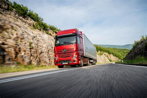 mercedes benz trucks presents   actros