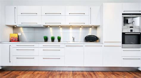 looking for used kitchen cabinets white kitchen cabinet for great looking kitchen decor 9062
