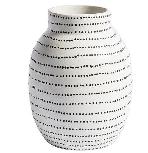 Vase Schwarz Weiß by Vase Terracotta Wei 223 Schwarze Punkte Lille Lys