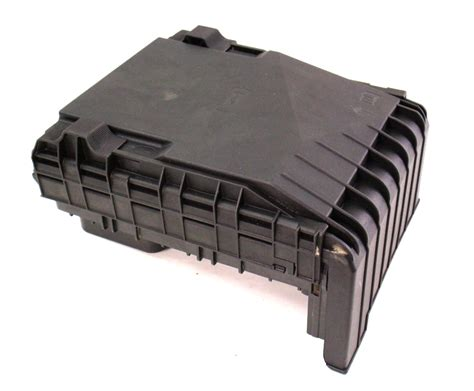 Mk5 Golf Engine Bay Fuse Box by Engine Bay Fuse Relay Box 05 07 Vw Jetta Rabbit Mk5 2 5