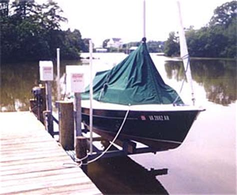 Boat Lift Piling Spacing by Boatlifts Personal Watercraft Pwc Low Profile Boat