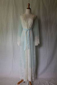 the 25 best ideas about peignoir satin on pinterest With robe de nuit de noce