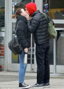 wedding ceremony fans leighton meester and adam brody daily mail