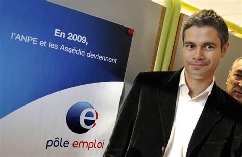 Crée en 2008, il est né de la fusion de l'agence nationale pour l'emploi (anpe) et de l'association pour l'emploi dans l'industrie et le. Dix ans après sa création, Pôle Emploi ne tient toujours ...