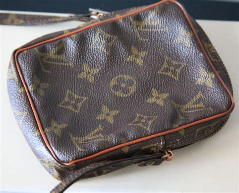 louis vuitton camera danube mini brown monogram canvas shoulder bag tradesy