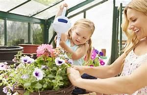 Wann Balkon Bepflanzen : beet und balkon richtig bepflanzen g rtnerei sinner in t bingen ~ Frokenaadalensverden.com Haus und Dekorationen