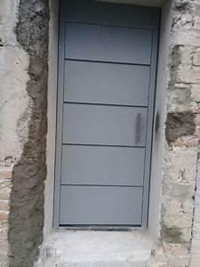 foto puertas metálicas y automatización de lavaljibes de