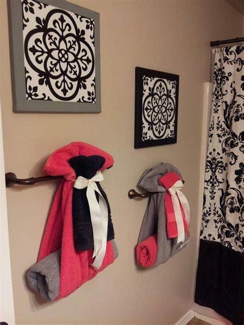 cute   hang towels  guest bathroom diy home