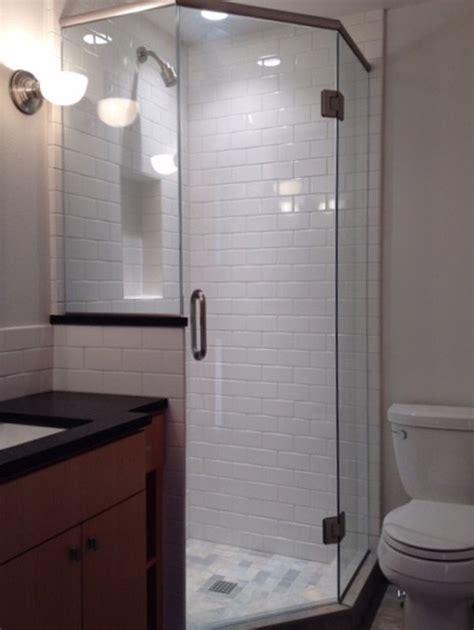 Frameless Neo Angle Shower Doors by Frameless Neo Angle Shower Door Glass Accents