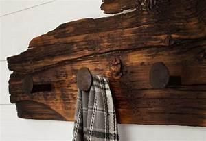 Porte Manteau Bois Flotté : 15 portemanteaux en objets recycl s montreal guide condo ~ Teatrodelosmanantiales.com Idées de Décoration