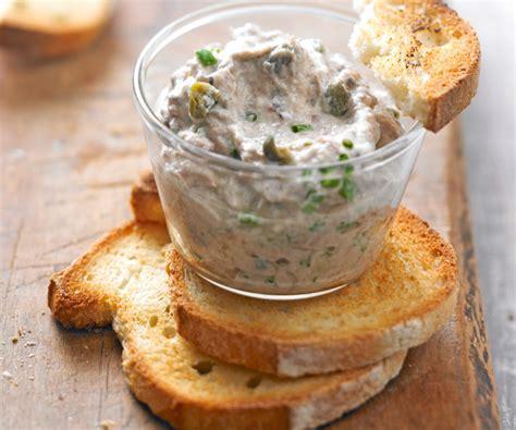 jatte cuisine entrée avec astuce de cyril lignac rillettes de sardine