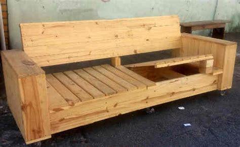 construire un canape avec des palettes construire un canape avec des palettes val rie damidot