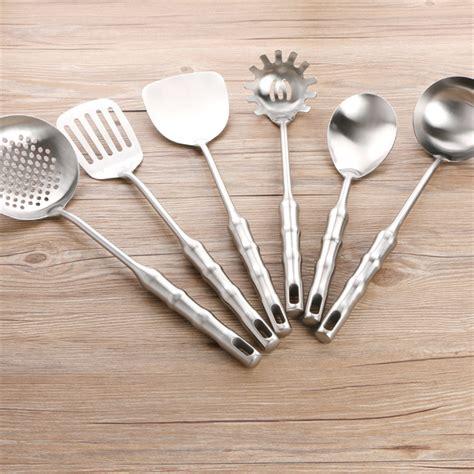 contemporary kitchen utensils 15 must kitchen tools for a modern kitchen 2524