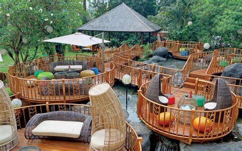 melepas kejenuhan  jimbaran outdoor lounge wisata jakarta