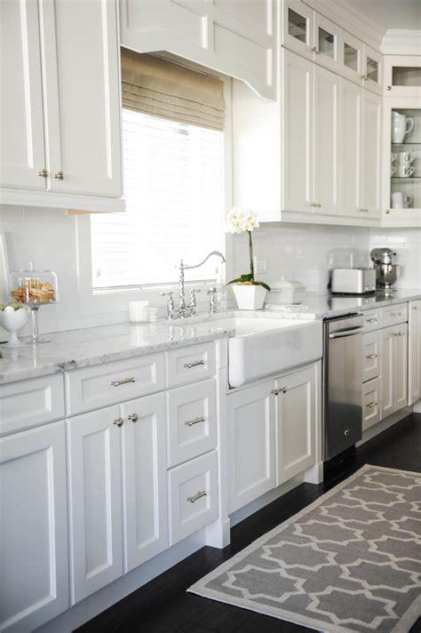 cuisine blanche decoration cuisine blanche et noir