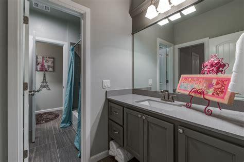 love  jack  jill bathroom home builders custom