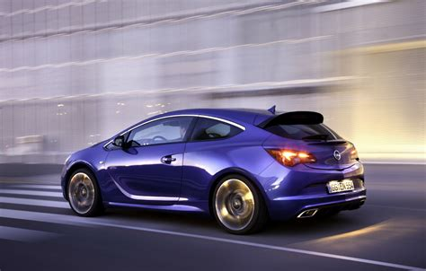 vauxhall opel opel vauxhall astra opc vxr to debut in geneva