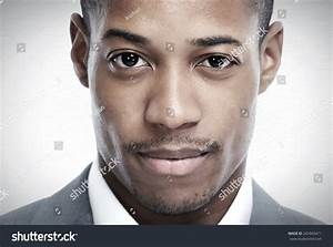 African-American Black Man Face Over Grey Background Foto ...