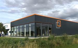 Hallenbau Mit Wohnung : industriebau und gewerbebau vorteile des aczente hallenbau ~ Frokenaadalensverden.com Haus und Dekorationen
