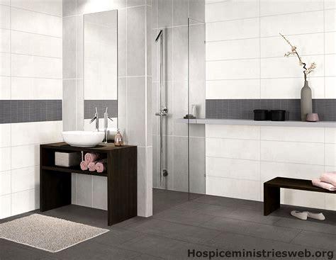 ideen fuer badezimmer braun beige wohn ideen