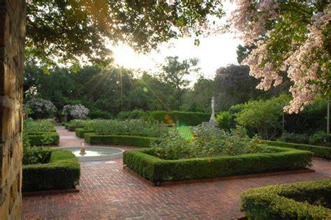botanical gardens  orleans attraction