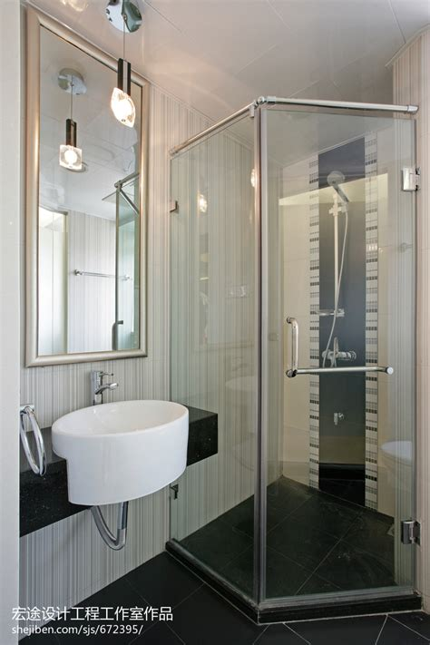 how to design a small bathroom 现代简约6平米卫生间洗手盆装修设计效果图 设计本装修效果图