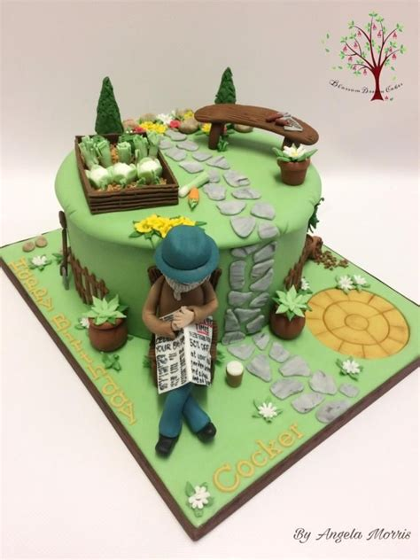 Garden Decoration For Cake by Best 25 Garden Theme Cake Ideas On Pretty