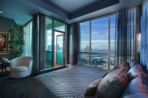 las vegas skysuite penthouse  pricey pads