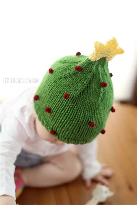 christmas tree hat knitting pattern  red window