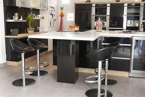 Table Cuisine Moderne : table de cuisine moderne table ronde bois trendsetter ~ Teatrodelosmanantiales.com Idées de Décoration