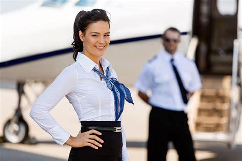 flugbegleiterflugbegleiterin ausbildung gehalt und