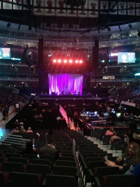 united center section  concert seating rateyourseatscom