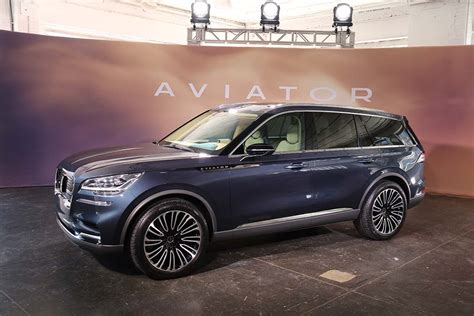 Lincoln Hopes To Take Wing With New Aviator Suv