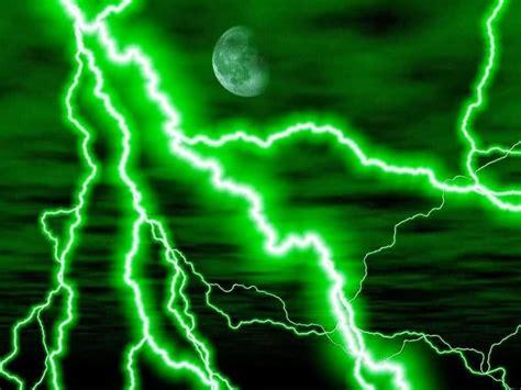 green lightning lightning   sky   pictures