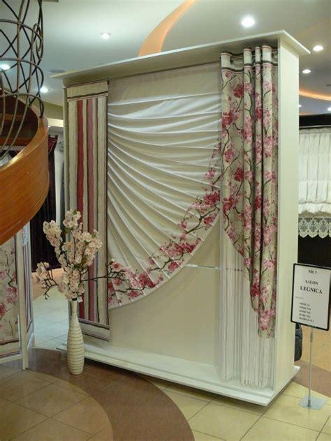 adamaszek dekoracje okien firany zaslony rolety