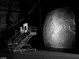 NASA's Apollo Moon Landing Simulator | Solar System ...