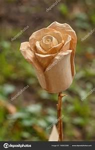 Rose Aus Holz : a lovely rose flower made of wood stock photo lana137 166802996 ~ Eleganceandgraceweddings.com Haus und Dekorationen