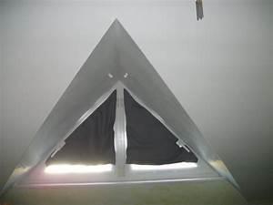 Rideau Occultant Fenetre : besoin d 39 aide rideau fenetre triangulaire ~ Teatrodelosmanantiales.com Idées de Décoration